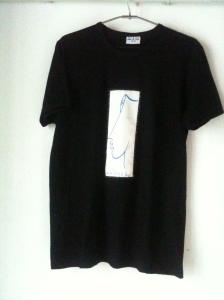 maglietta creata per Artonlife da Gianfranco Testagrossa- Spazio Tadini