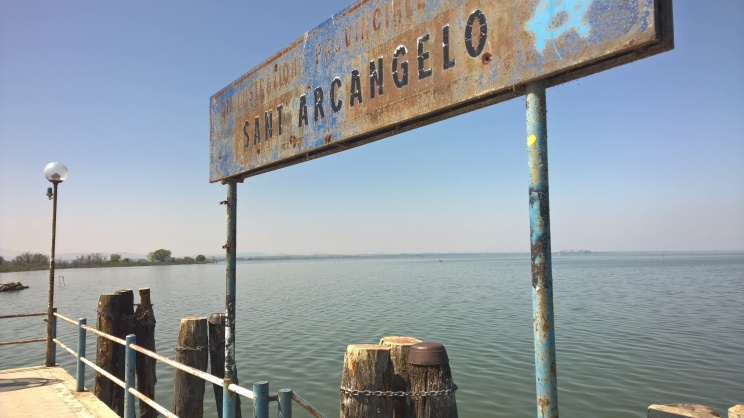 lago trasimeno pontile sant'arcangelo